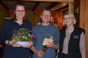 (v.l.) Carolin Petruck, Stefan Hünerberg und Vorsitzende Sonja Schwiegmann